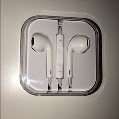 Apple Earphones, Apple Inc, Air Pods, Honda Logo, Plugs, Things To Sell, Iphone, Accessories, Corks