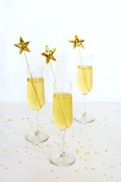 My much loved (and pinned!) sequin star drink stirrer project is available now as a DIY kit! With enough supplies to create 12 sparkly stirrers, Pyjamas Party, Gold Drinks, Drink Stirrers, New Years Eve Weddings, A Little Party, New Year Celebration, Gold Party, New Years Eve Party, Golden Globes
