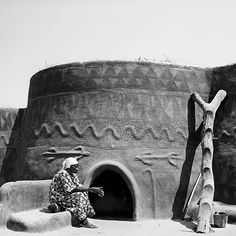 From the book Butabu: Adobe Architecture of West Africa by James Morris (photographer) and Suzanne Preston Blier
