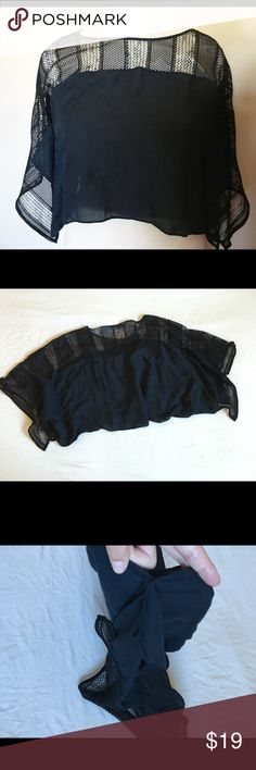 """Zara net black crop top Zara net black crop top  (Seen on mannequin size medium ) Length 19"""" Zara Tops Crop Tops"""