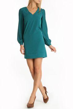 Donna Ricco Long Pleated Sleeve V- Neck Shift Dress In Vine -