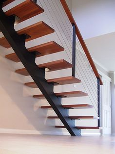 30 Beautiful Metal Stairs Ideas In 2019 Browse photos of staircases and discover design and layout ideas to inspire your own staircase remodel, including unique railings and storage options. Stair Railing Design, Stair Handrail, Stair Decor, Railing Ideas, Diy Stair, Steel Stairs Design, Floating Staircase, Modern Staircase, Staircase Ideas