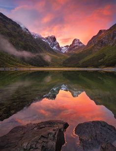 Photography by Marianne Lim amp; Dylan TohResidence - Landscape Photography by Marianne Lim amp; Dylan TohResidence- Landscape Photography by Marianne Lim amp; Oh The Places You'll Go, Places To Travel, Places To Visit, Beautiful World, Beautiful Places, Beautiful Sunset, Beautiful Scenery, New Zealand Landscape, Fotografia Macro