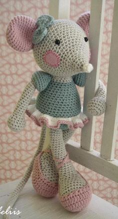 Mesmerizing Crochet an Amigurumi Rabbit Ideas. Lovely Crochet an Amigurumi Rabbit Ideas. Crochet Monkey Pattern, Crochet Rabbit, Crochet Toys Patterns, Stuffed Toys Patterns, Craft Patterns, Doll Patterns, Crochet 101, Love Crochet, Crochet Hooks