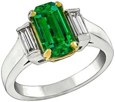 1.08 carat Emerald Diamond platinum Engagement Ring For Sale at 1stdibs