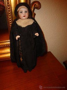 antigua muñeca monja, cara porcelana, principios siglo XX