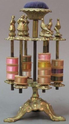 Spinning spool holder pincushion