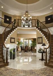 Beautiful entryway to welcome you home | www.delightfull.eu #delightfull #entrywaydecor #lobbydesignideas #light #lobbydecor