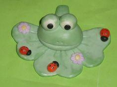 Frog just made in cold porcelain :-)