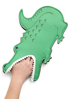 oven mitts seem like a great place to embrace the kitsch(en)...and my little people would love