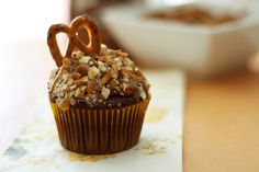 17 Inch Heart: CHOCOLATE CARAMEL PRETZEL CUPCAKES