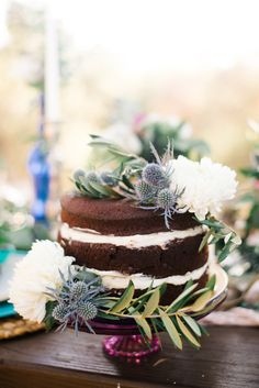 Boho glam wedding ideas | Photo by Jenna Bechtholt Photography | Read more - http://www.100layercake.com/blog/?p=79717