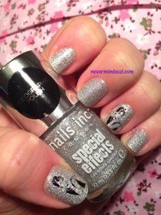 Sparkling Audrey #silver #glitter #Nails - bellashoot.com
