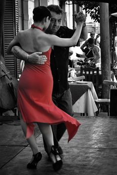 "Taken in ""La Boca"", Buenos Aires, Argentina. La Boca is a neighbourhood famed for its colorful houses, its tango and its soccer team, is the one spot that makes every visitor's agenda. Just Dance, Dance Like No One Is Watching, Shall We Dance, Danse Salsa, Tango Dancers, Belly Dancing Classes, Argentine Tango, Salsa Dancing, Ballroom Dancing"