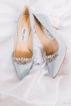 hochzeitsschuhe jimmy choo WedLuxe M - hochzeitsschuhe Pretty Shoes, Beautiful Shoes, Cute Shoes, Me Too Shoes, Fancy Shoes, Light Blue Shoes, Light Blue Wedding Shoes, Blue Bridal Shoes, Bridal Sandals
