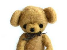 ourson en laine cardée - felted teddy bear