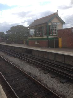https://flic.kr/p/vHmYkR | Signal Box | Signal Box at North Weald Station.
