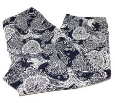 Ann Taylor Crop Capris Pants White Navy Print Flat Front Side Zipper Size 6 #AnnTaylorLOFT #CaprisCropped