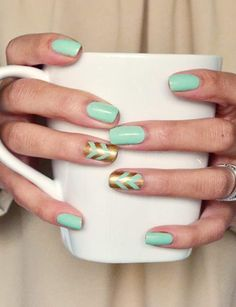 Ring in Spring, with these mint and gold chevron nails! by connie Nail Art Designs, Chevron Nail Designs, Chevron Nails, Gold Chevron, Mint Gold, Blue Gold, Get Nails, Love Nails, How To Do Nails