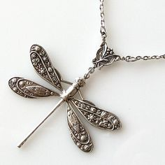 silver dragonfly necklace dragonfly jewelry by KriyaDesign on Etsy - Thinking of you, Sharmane! Dragonfly Necklace, Dragonfly Pendant, Pendant Necklace, Jewelry Box, Jewelry Accessories, Jewelry Necklaces, Jewellery, Pearl Necklaces, Etsy Jewelry