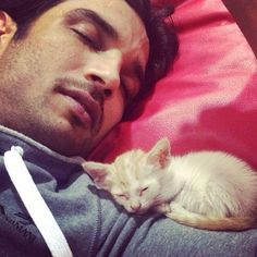 snapped while engrossed in a deep sleep. Bollywood Couples, Bollywood Stars, Bollywood News, Bollywood Celebrities, Cute Actors, Handsome Actors, Sushant Singh, Pop Art Wallpaper, Shocking News