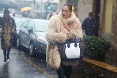 #MFW #StreetStyle italyshop 商源奢品时尚在线