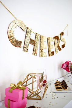 Sequin Letter Garland DIY - A Beautiful Mess Love this! Sequin letter garland DIY (click through for tutorial) When it comes to parties (especially with the holiday season and New Year's Eve on the horizon), my. Nye Party, Festa Party, Party Time, Elmo Party, Mickey Party, Dinosaur Party, Diy Décoration, Diy Crafts, Easy Diy