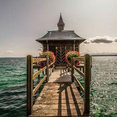 Pavillon des Bains  #photopedropetiz #inlovewithswitzerland #swiss#lake #switzerland #swissmade #neuchatel #lakeneuchatel #blue #ig_suisseromande #flowers #outdoor #explore #exploring #travel #trip #exploreswitzerland #adventuretime#adventurer #destinationearth #destinationnz #destinationweddingphotographer #wood #pavillondesbains #landscape #landscape_lovers #traveling #traveling # #amazingswitzerland #schweiz Travel Trip, Power Boats, Adventurer, Destination Wedding Photographer, Lakes, Adventure Time, Switzerland, Exploring, Traveling