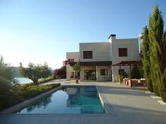 Casas on pinterest minimalist house modern houses and - Muebles de piscina ...