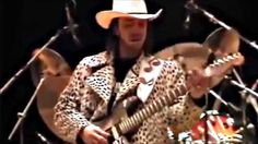 Stevie Ray Vaughan - Best Guitar Player - Sound Check - What?!