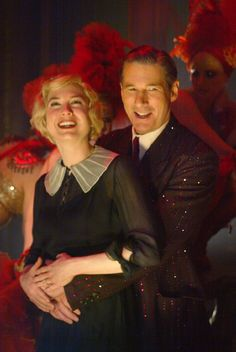 Richard Gere and Renèe Zellweger as Billy Flynn and Roxie Hart in 'Chicago' (2002). Costume Designer: Colleen Atwood.