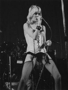 THE RUNAWAYS 1976