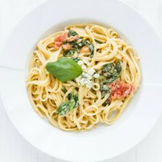 A delicious blend of blue cheese, cream, and tomatoes over linguine pasta! Vegetarian, but can also be made gluten-free.