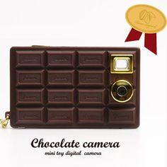 The Digital Chocolate Camera    (a camera that looks like a chocolate bar omg!!!)