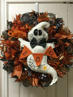 Halloween ghost deco mesh wreath by Twentycoats Wreath Creations halloween wreaths Halloween Mesh Wreaths, Halloween Ghosts, Holidays Halloween, Holiday Wreaths, Fall Halloween, Halloween Crafts, Halloween Decorations, Winter Wreaths, Spring Wreaths