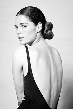 Style Icon, Ali MacGraw in a 1970s low back dress