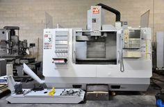 2007 HAAS VF-3BYT CNC VERTICAL MACHINING CENTER - (20) Cat 40 Tool Holders
