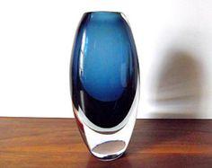 Vintage KOSTA Sweden Lindstrand Blue Sommerso Art Glass Vase