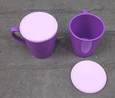 Selatan Jaya distributor barang plastik Surabaya: gelas tutup atau mug plastik warna ungu merk golde...