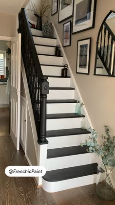 Modern Staircase, Staircase Design, Home Room Design, House Design, Walton House, Narrow Hallway Decorating, House Color Palettes, Townhouse Interior, Hallway Inspiration