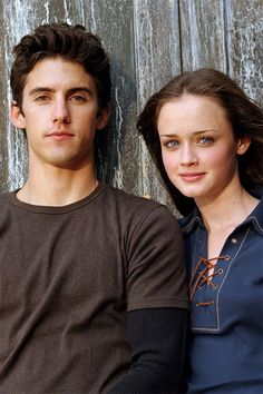 Rory Gilmore and Jess Mariano from the tv show Gilmore Girls