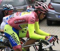 Giro d'Italia 2015 stage 16 Alberto Contador had to make a solo effort to catch Fabio Aru and save his Giro