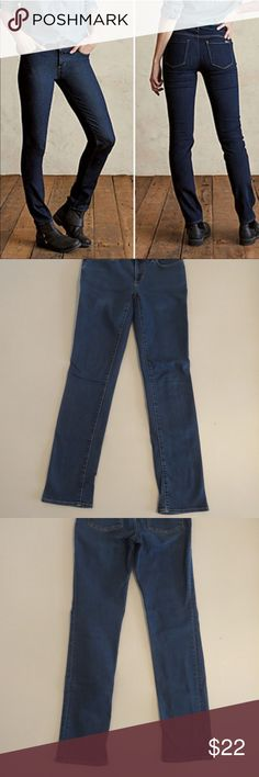 Eddie Bauer Slightly Curvy Straight Med Wash Jeans Eddie Bauer Slightly Curvy Straight Leg Medium Wash JEans (stock picture is darker than these) - I have similar ones in a darker wash that can be combined in a bundle! Size 6 Like other items in my closet?  Make a bundle and I'll send you an offer! Eddie Bauer Jeans Straight Leg