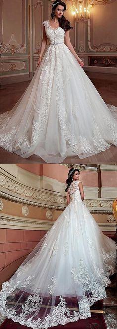 Best A-line Wedding Dresses : Romantic Tulle & Organza V-neck Neckline A-line Wedding Dress With Detachable Co