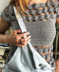 """Photo from album """"Vanessa Montoro"""" on Yandex. Crochet Russe, Mode Crochet, Easy Crochet, Crochet Lace, Crochet Stitches, Crochet Bikini, Crochet Patterns, Crochet Tops, Crochet Afgans"""