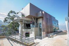 Proyecto Línea M y H Metrocables tranvía de Ayacucho Ubicación: Medellín - Antioquia Año de construcción: 2016 Mansions, House Styles, Home Decor, Transportation, Apartments, Architecture, Blue Prints, Houses