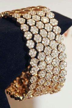 Jewelry Diamond : Honeycomb Vanilla diamond bracelet by Le Vian. - Buy Me Diamond Diamond Bracelets, Diamond Jewelry, Bangle Bracelets, Bangles, Gold Jewelry, Ladies Bracelet, Hand Bracelet, Jewlery, Bling Bling