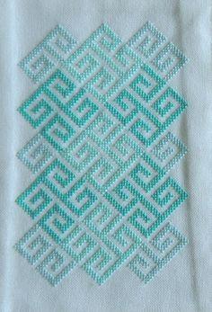 Lindisfarne Celtic Geometry modern cross by HawthornTreeDesigns Celtic Cross Stitch, Cross Stitch Heart, Cross Stitch Borders, Modern Cross Stitch Patterns, Cross Stitch Flowers, Cross Stitch Kits, Cross Stitch Designs, Cross Stitching, Cross Stitch Embroidery