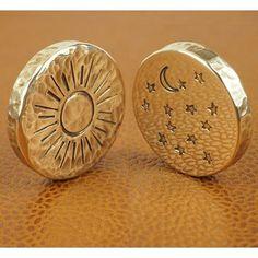 Custom Coins, Rp Ideas, Mens Fashion Blog, Coin Ring, Challenge Coins, Edc Gear, Game Pieces, Metal Clay, Gold Coins
