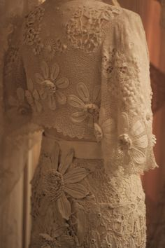 The Sheelin Antique Irish lace Museum Irish Crochet Wedding Gown